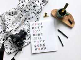 Lettering Guide Anfänger Flatlay